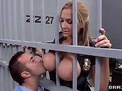 Alanah Rae ultra-kinky as nail from this muscular prisoner