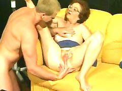Retro granny gets hot dicking from muscled stud