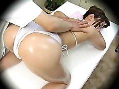 Spycam Fashion Model seduced by masseur 1