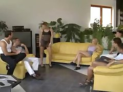 Hauptversammlung des Swinger Clubs