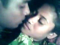 bengáli mell szívó kurva