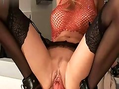 Luxurious Pussy Going Knuckle Deep Widely Opened  Stretching Cunt