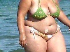 Толстушки бикини - откровенный осел - Бич попой вуайерист - шпионаж попки