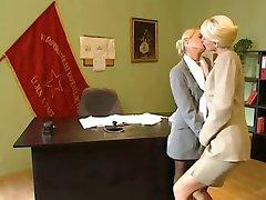 Szőke Hivatal Leszbikusok
