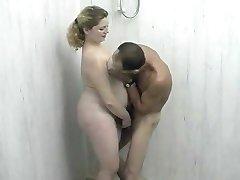 bbw doccia divertimento