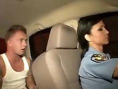 poliția tanar si matura