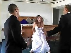 bride pounds 3some by jackass