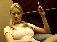 Jennifer Avalon Røyking