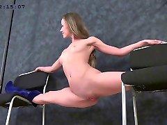 flessibile ragazza Margo clip04 part02