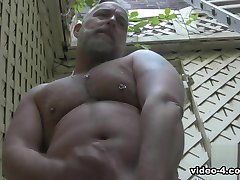 Le Brent De La Cage -- Vidéo Solo - BearFilms