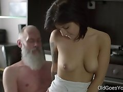 Senior Goes Youthfull - Sexy brunette Gerra and her man