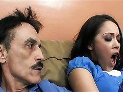 Kristina Rose pieprzy się ze swoim starym kochankiem