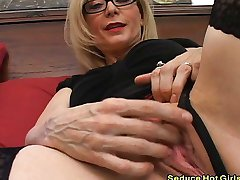 Extremely hot blonde sucked hard