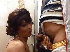 Ώριμη πόρνη cd Mariko πιπίλισμα κρουνός και χύσια