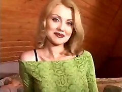 Blondinka Nicole In Dedek