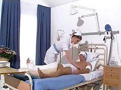Sykepleier Sarah Daykin
