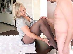 सेक्सी Qife होजरी में 4