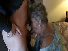 Mummo Ryhmäseksi-