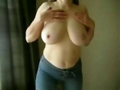 marierocks, 50+ milf - sani uriasi topless în blugi