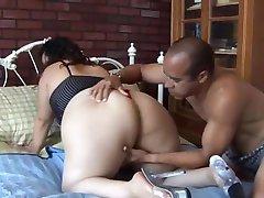 Cute chubby latina Vanessa enjoys a facial cumshot