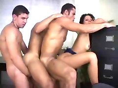 Girl and Three Bisex Guys - Suruba