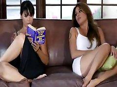 Lesbian Sex 194