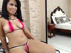 hot latina gagica in bikini