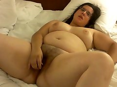 Hairy chubby in bed