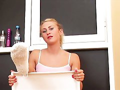 Sneganna wild toy inserting pleasures