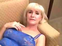 Mooie Oma in hete seks