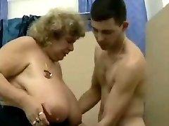 Большие сиськи немецкие бабули