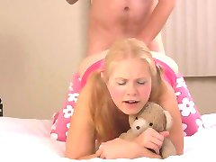 STP1 Daddys Cute Girl Loves Pleasing Him !