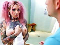 Sydnee Vicious & Bill Bailey in Humungous Tit Tattooed Stepsister Sydnee Vicious - BurningAngel