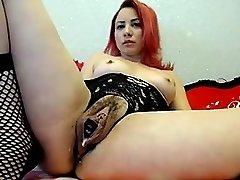 Sulu Kedi Büyük Klitoris