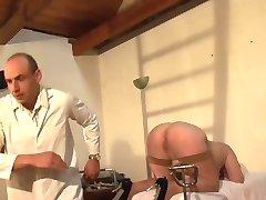 Fetish Doctors examine pussy - Telsev