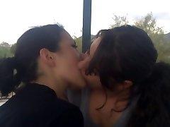 Lesbianas beso - 4