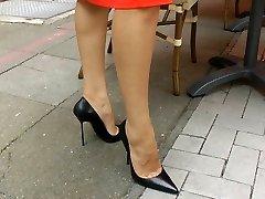 Ambling n teasiing in high high-heeled slippers