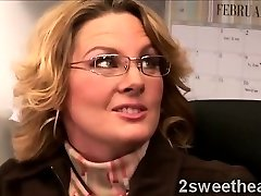Big stacked mature secretary instructs her new sexy mate