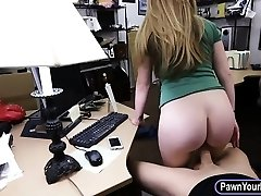 Amateur ash-blonde babe gets her slit pounded by nasty pawn guy
