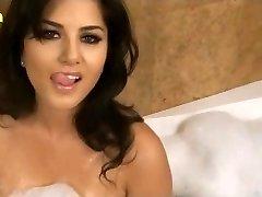 Sunny Leone XXX Porn Hd Hook-up Video Sunny leone wet hefty boobs www.xjona.com