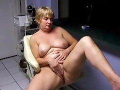 Naked Stretched Shaved Masturbation