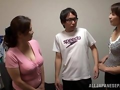 Chinese AV Model is a crazy tramp in mff threesome