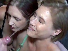 Extraordinaire Unending Cumshot on Hot Milf Face