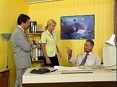 Nicoletta Blue-Sekretářka prdeli v Kanceláři