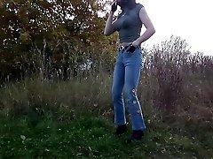 sandralein33 Smoking in Jeans