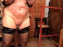Tearing Up the slave from behinde
