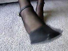 Ebony Pantyhose Feet Play 10