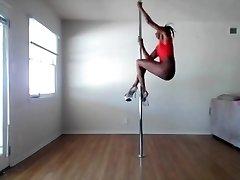 拉斯塔的女孩的性感极跳舞-Ameman