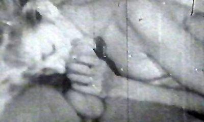 Vintage fuckers plumbing pussy