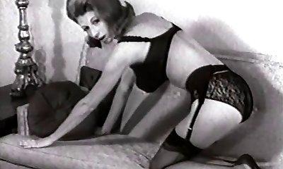 SOFA STRIP - antique nylons stockings striptease big boobs